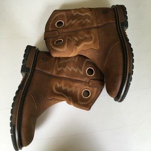 Rocky old town boots youth size 5M